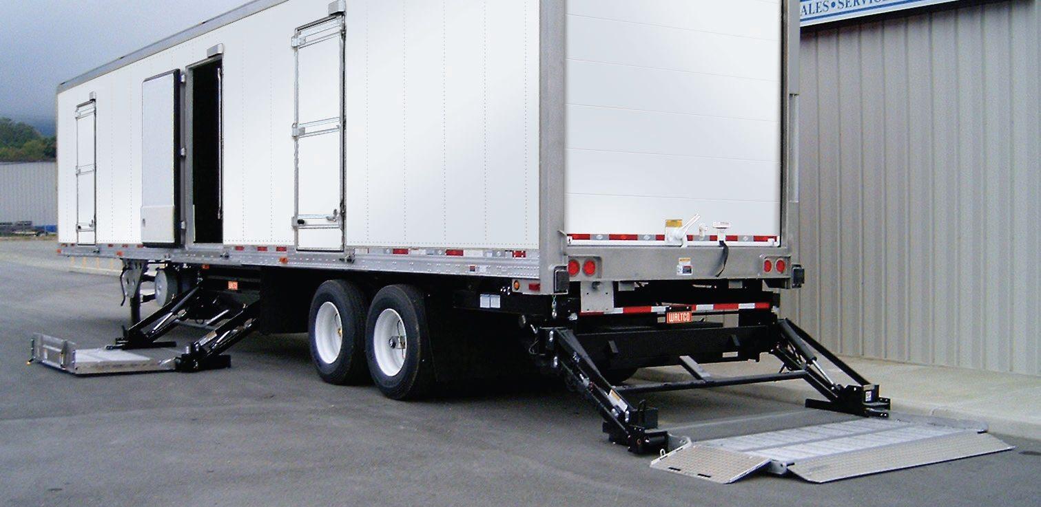 boston_trailer_liftgated_trailers